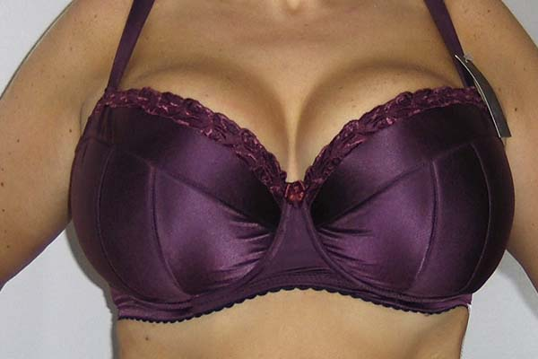 Ewa Michalak CH Pawie Oka: Purple Princess